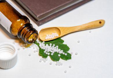 Scientificité de l'Homéopathie : l'avis du Professeur en physique quantique Marc Henry
